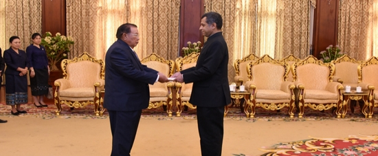 Ambassador of India, Mr. Dinkar Asthana presented his credentials to Lao PDR President H.E. Mr. Bounnhang Vorachith, 17 May 2019
