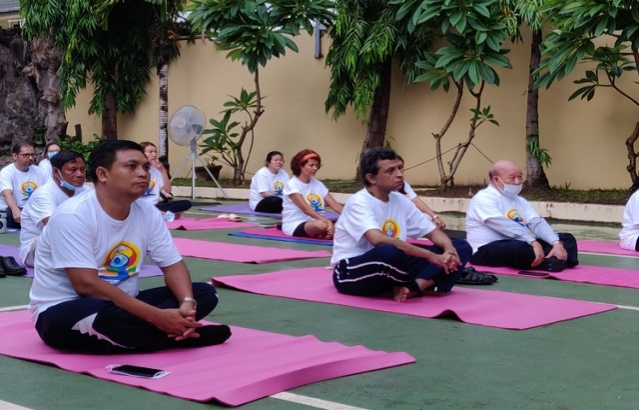 6th International Day of Yoga Celebration at Chancery premises on 27 June 2020.