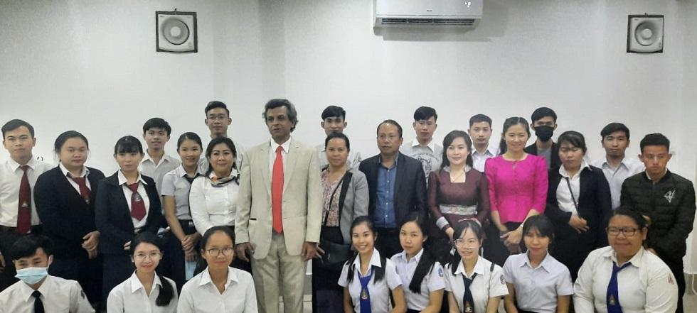Ambassador Dinkar Asthana interacted with participants of ASEAN-India Hackathon 2021